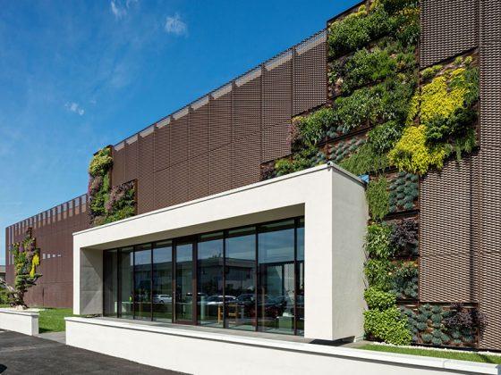 استرچ متال در طراحی مبلمان و فضای شهری