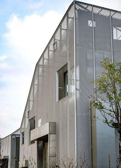 بازسازی نمای ساختمان با ورق فلزی استرچ متال